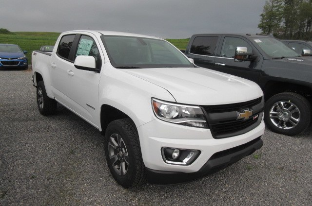 2019 Colorado Crew Cab 4x4,  Pickup #B14451 - photo 3