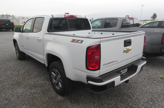 2019 Colorado Crew Cab 4x4,  Pickup #B14451 - photo 2