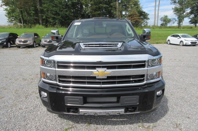 2019 Silverado 2500 Crew Cab 4x4,  Pickup #B14478 - photo 4