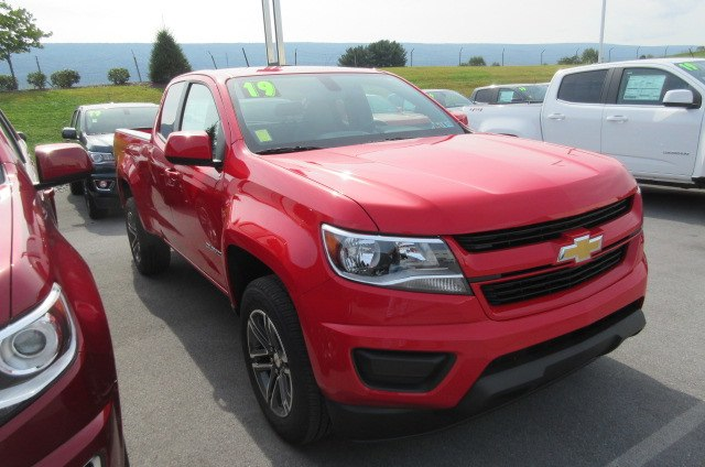 2019 Colorado Extended Cab 4x2,  Pickup #B14481 - photo 3