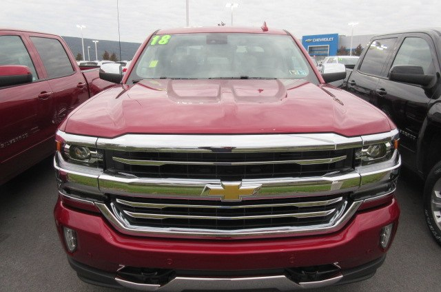 2018 Silverado 1500 Crew Cab 4x4,  Pickup #B14484 - photo 4