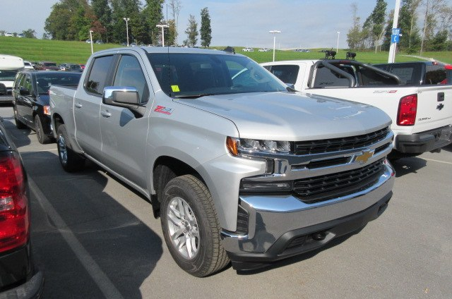 2019 Silverado 1500 Crew Cab 4x4,  Pickup #B14490 - photo 3