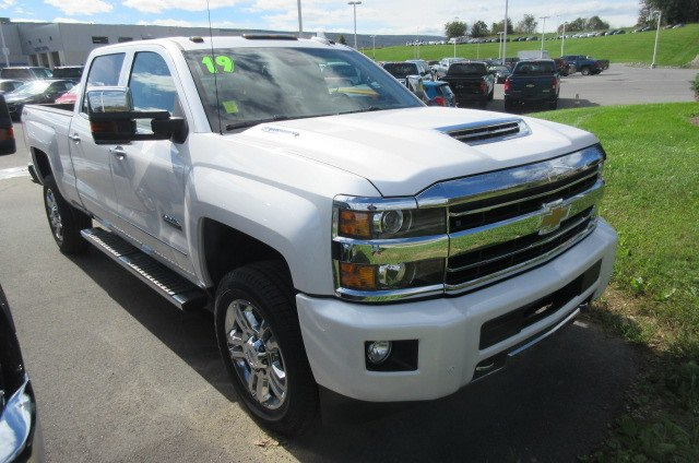 2019 Silverado 2500 Crew Cab 4x4,  Pickup #B14506 - photo 3