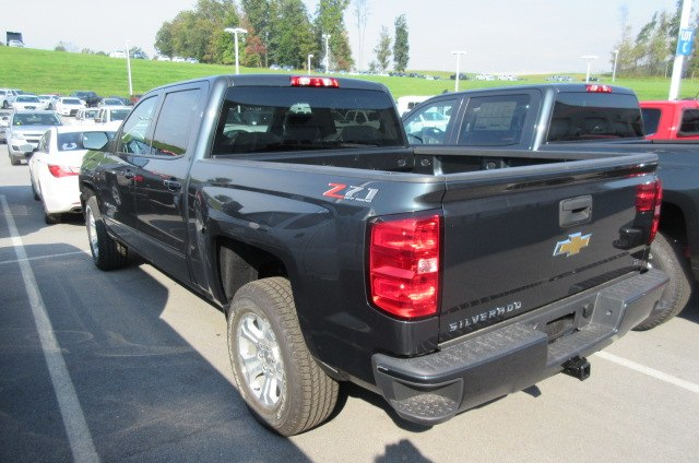 2018 Silverado 1500 Crew Cab 4x4,  Pickup #B14509 - photo 2