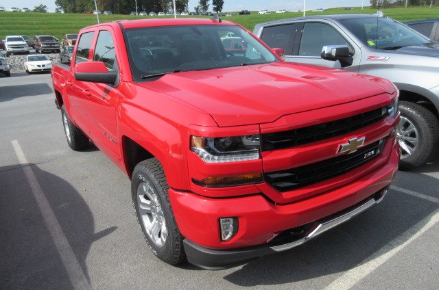 2018 Silverado 1500 Crew Cab 4x4,  Pickup #B14512 - photo 3