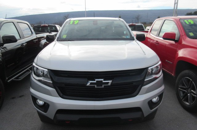 2019 Colorado Extended Cab 4x4,  Pickup #B14524 - photo 3