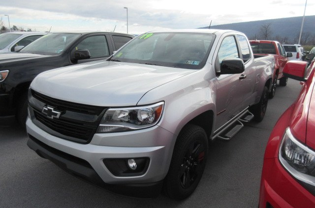 2019 Colorado Extended Cab 4x4,  Pickup #B14524 - photo 4
