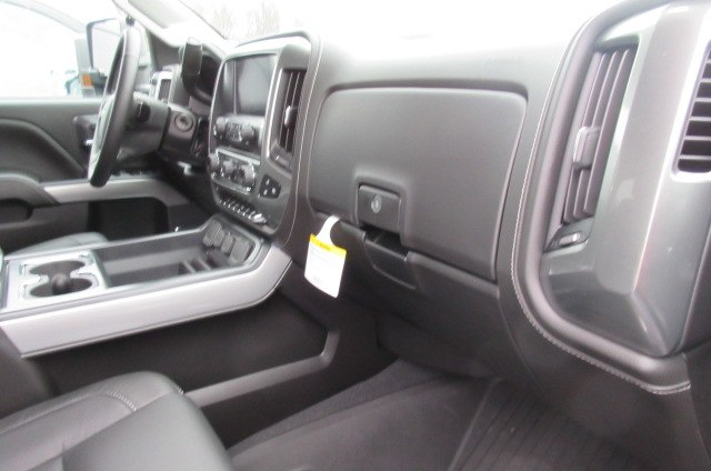 2019 Silverado 2500 Crew Cab 4x4,  Pickup #B14624 - photo 17