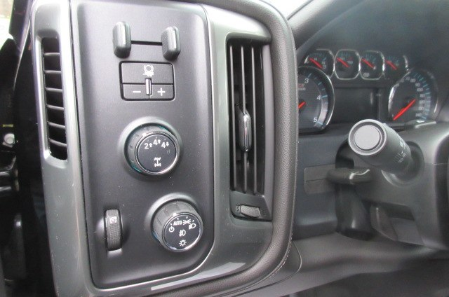 2019 Silverado 2500 Crew Cab 4x4,  Pickup #B14624 - photo 24