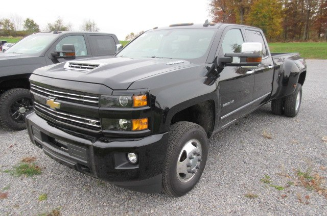 2019 Silverado 3500 Crew Cab 4x4,  Pickup #B14632 - photo 1