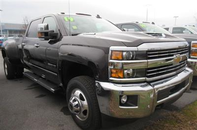 2019 Silverado 3500 Crew Cab 4x4,  Pickup #B14664 - photo 3