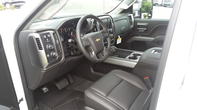 2019 Silverado 2500 Crew Cab 4x4,  Pickup #B14673 - photo 12