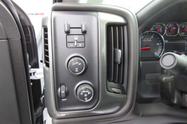 2019 Silverado 2500 Crew Cab 4x4,  Pickup #B14673 - photo 24