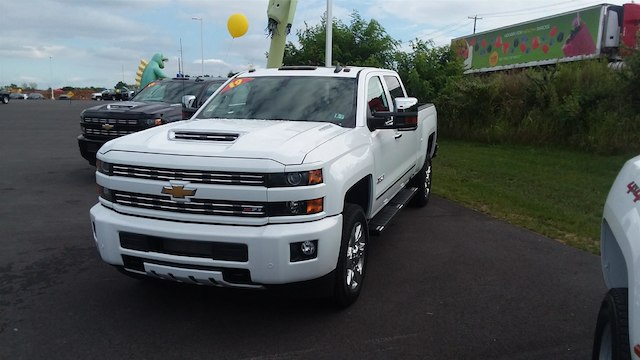 2019 Silverado 2500 Crew Cab 4x4,  Pickup #B14673 - photo 1