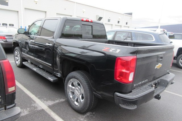 2018 Silverado 1500 Crew Cab 4x4,  Pickup #B14793 - photo 2