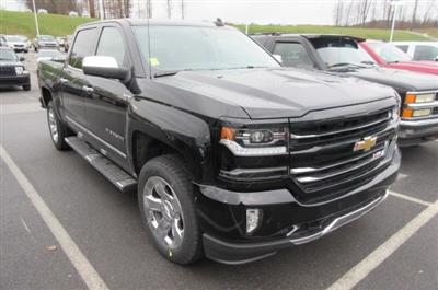 2018 Silverado 1500 Crew Cab 4x4,  Pickup #B14793 - photo 3