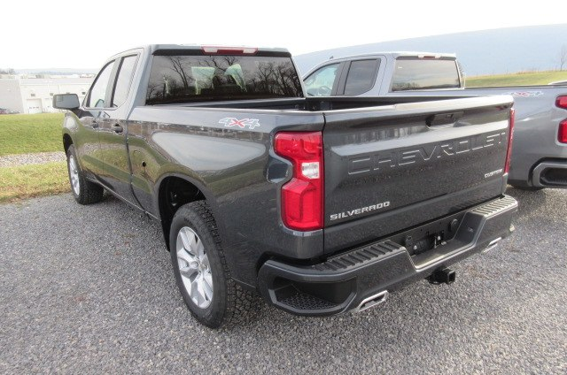 2019 Silverado 1500 Double Cab 4x4,  Pickup #B14891 - photo 2