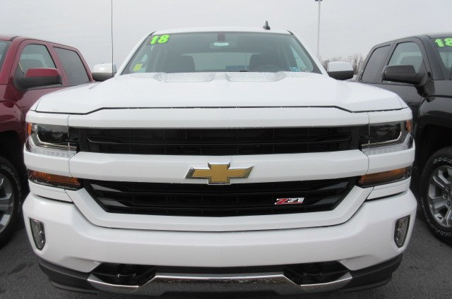 2018 Silverado 1500 Crew Cab 4x4,  Pickup #B14915 - photo 4