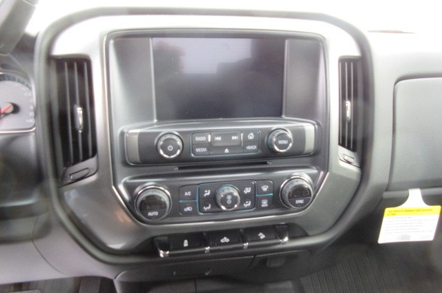 2018 Silverado 1500 Crew Cab 4x4,  Pickup #B14915 - photo 23