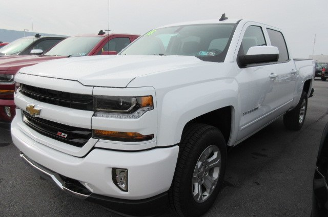 2018 Silverado 1500 Crew Cab 4x4,  Pickup #B14915 - photo 1