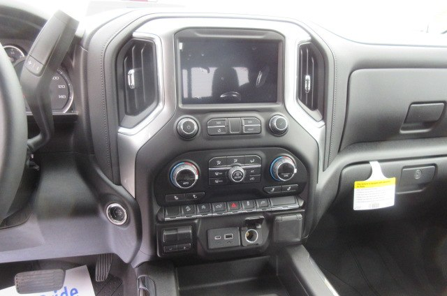 2019 Silverado 1500 Crew Cab 4x4,  Pickup #B14942 - photo 23