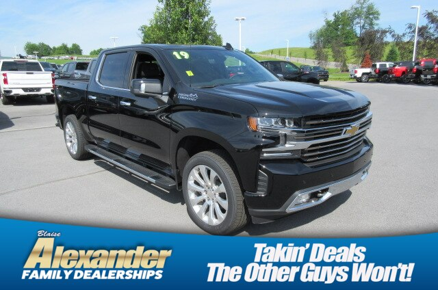 2019 Silverado 1500 Crew Cab 4x4,  Pickup #B15750 - photo 1