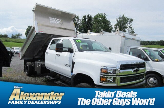 2019 Silverado 4500 Crew Cab DRW 4x4, Duramag Dump Body #B15860 - photo 1