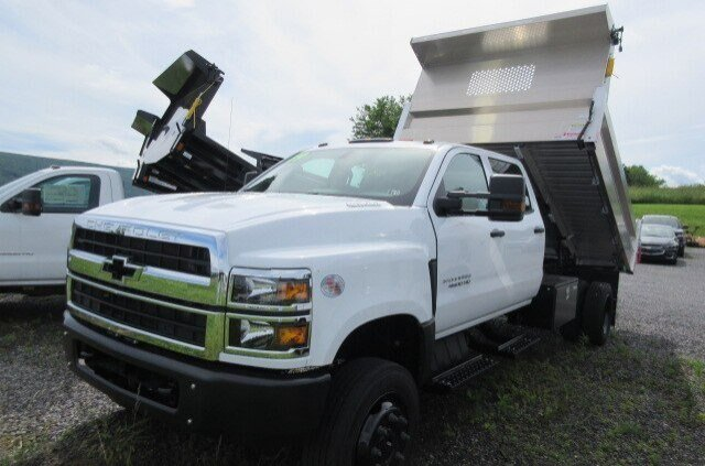 2019 Silverado 4500 Crew Cab DRW 4x4, Duramag Dump Body #B15860 - photo 5