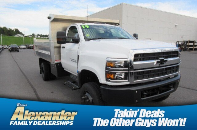 2019 Chevrolet Silverado 6500 Regular Cab DRW 4x4, Duramag Dump Body #B16192 - photo 1