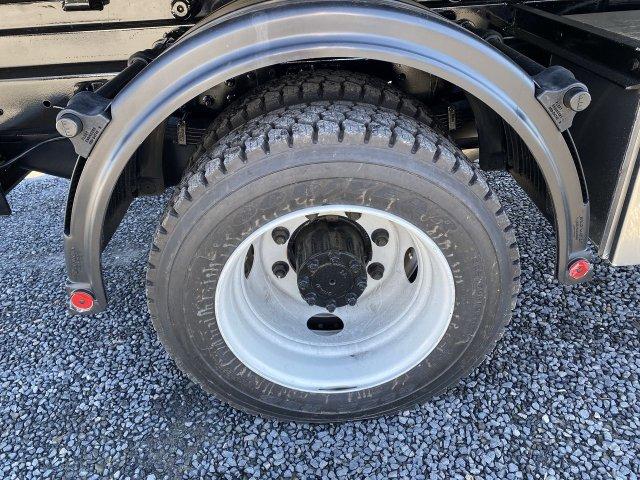 2019 Chevrolet Silverado 5500 Regular Cab DRW RWD, Switch N Go Drop Box Hooklift Body #B17149 - photo 10