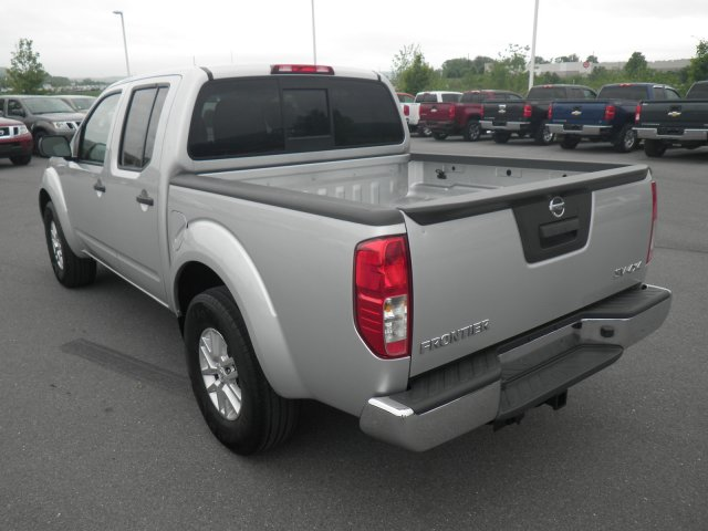 2014 Nissan Frontier 4x4, Pickup #B17235A - photo 1