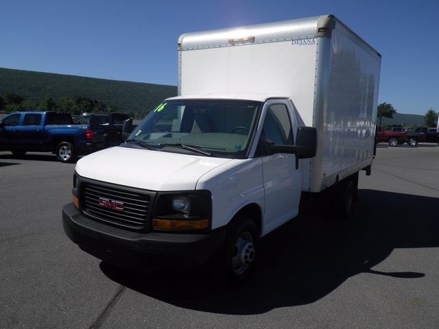 2016 GMC Savana 3500 RWD, Cutaway Van #B17277A - photo 1