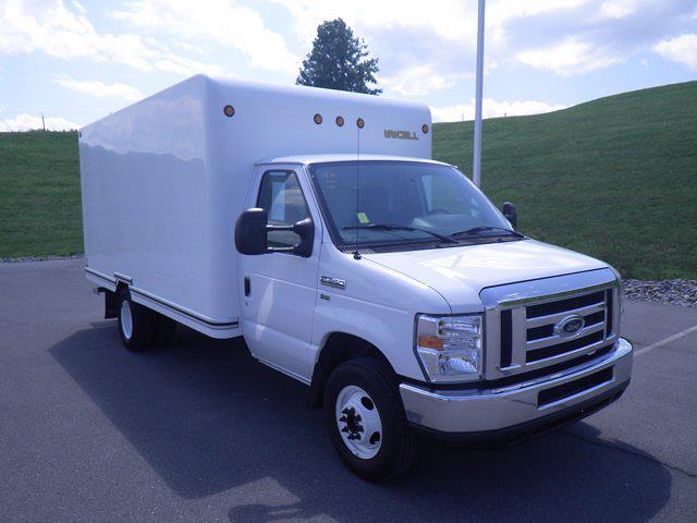 2009 Ford E-350 4x2, Cutaway #BA11796 - photo 1