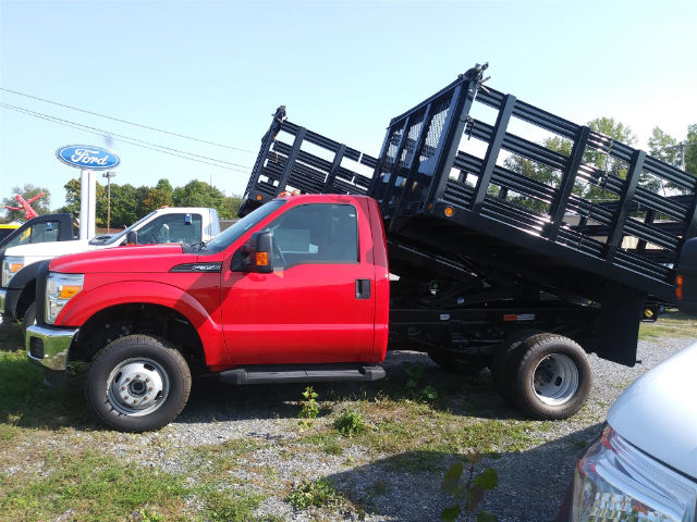 2016 F-350 Regular Cab DRW 4x4, Reading Steel Stake Bodies Stake Bed #FT16205 - photo 5