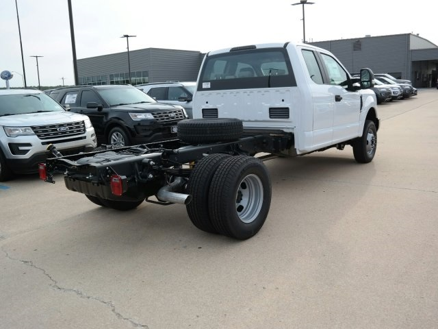 2017 F-350 Super Cab DRW 4x4, Cab Chassis #F5632 - photo 2