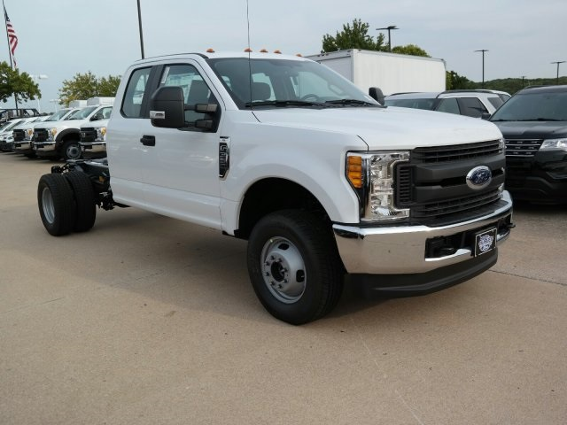 2017 F-350 Super Cab DRW 4x4, Cab Chassis #F5632 - photo 8