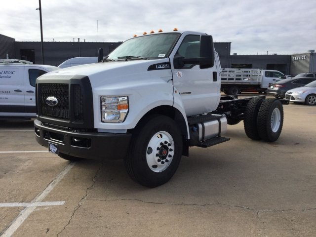 2018 F-750 Regular Cab DRW, Cab Chassis #F5693 - photo 4