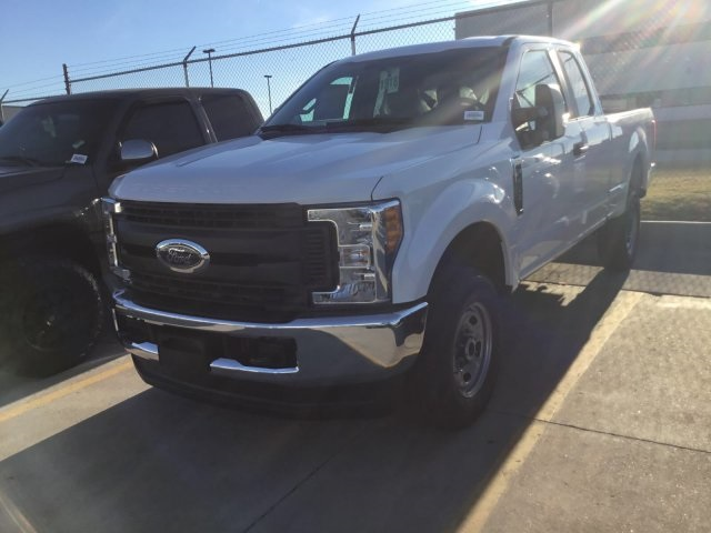 2017 F-250 Super Cab 4x4 Pickup #F5708 - photo 2