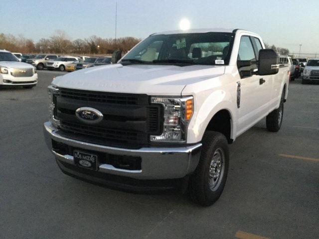 2017 F-250 Super Cab 4x4 Pickup #F5768 - photo 2