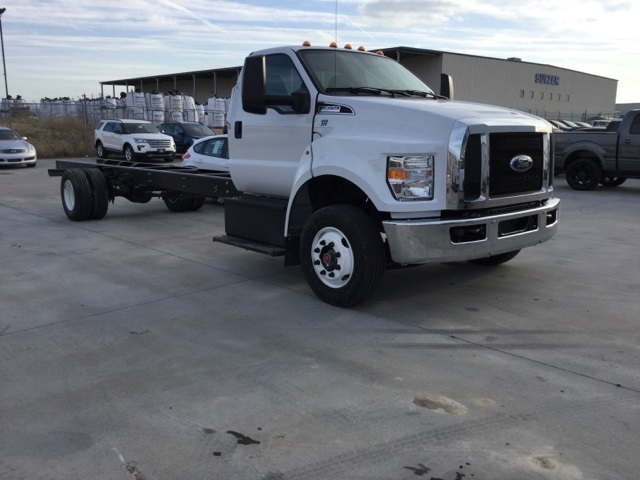 2018 F-650 Regular Cab DRW, Cab Chassis #F5824 - photo 2