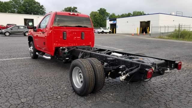 2020 Chevrolet Silverado 3500 Regular Cab DRW 4x4, Cab Chassis #L596 - photo 1