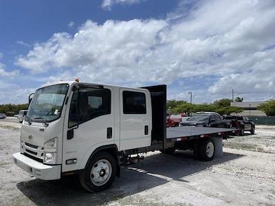 2020 Chevrolet LCF 4500 Crew Cab DRW 4x2, Marquez Brothers Inc. Flat Bed Body Platform Body #LS800251 - photo 3