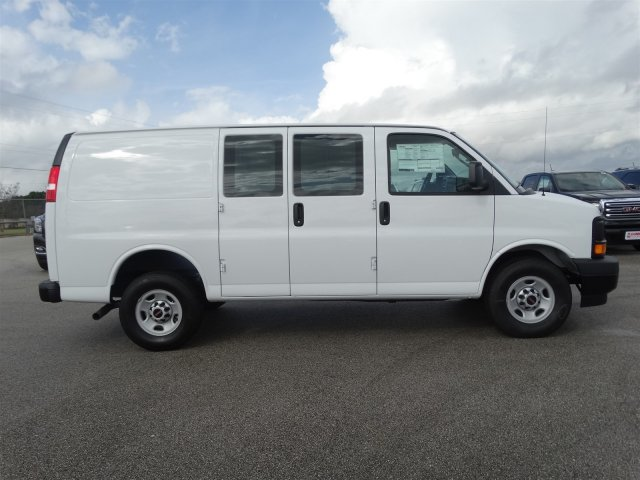 2017 Savana 2500, Cargo Van #G70512 - photo 4