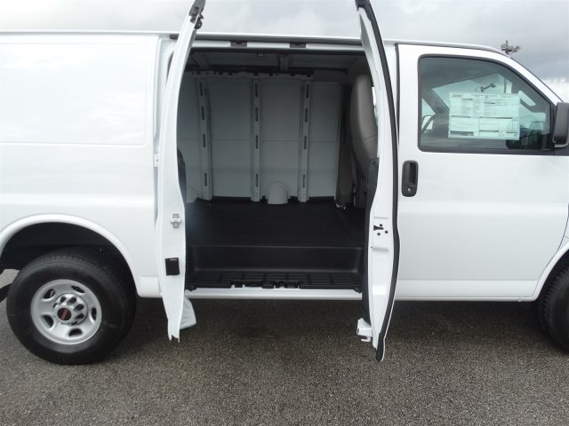2017 Savana 2500, Cargo Van #G70514 - photo 15