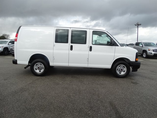 2017 Savana 2500, Cargo Van #G70514 - photo 4