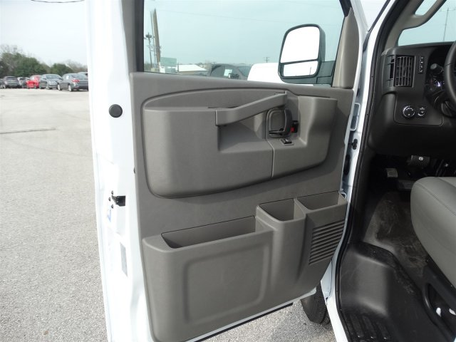 2017 Savana 2500, Cargo Van #G70602 - photo 12