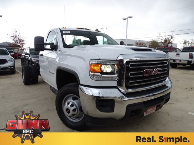 2017 Sierra 2500 Regular Cab, Cab Chassis #G70934 - photo 3