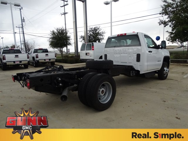 2017 Sierra 2500 Regular Cab, Cab Chassis #G70934 - photo 5