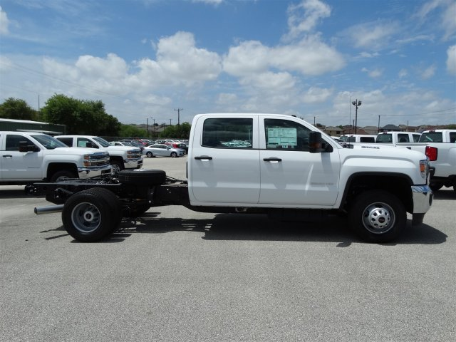 2017 Sierra 3500 Crew Cab, Cab Chassis #G70971 - photo 4