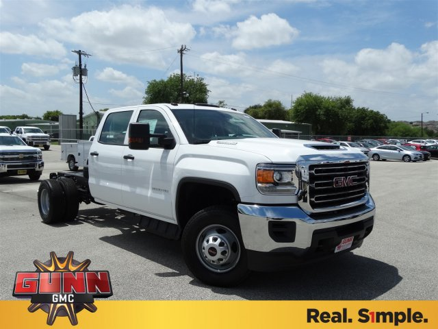 2017 Sierra 3500 Crew Cab Cab Chassis #G70971 - photo 3